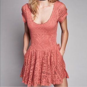 Free People - Walk to the beat pink crochet romper